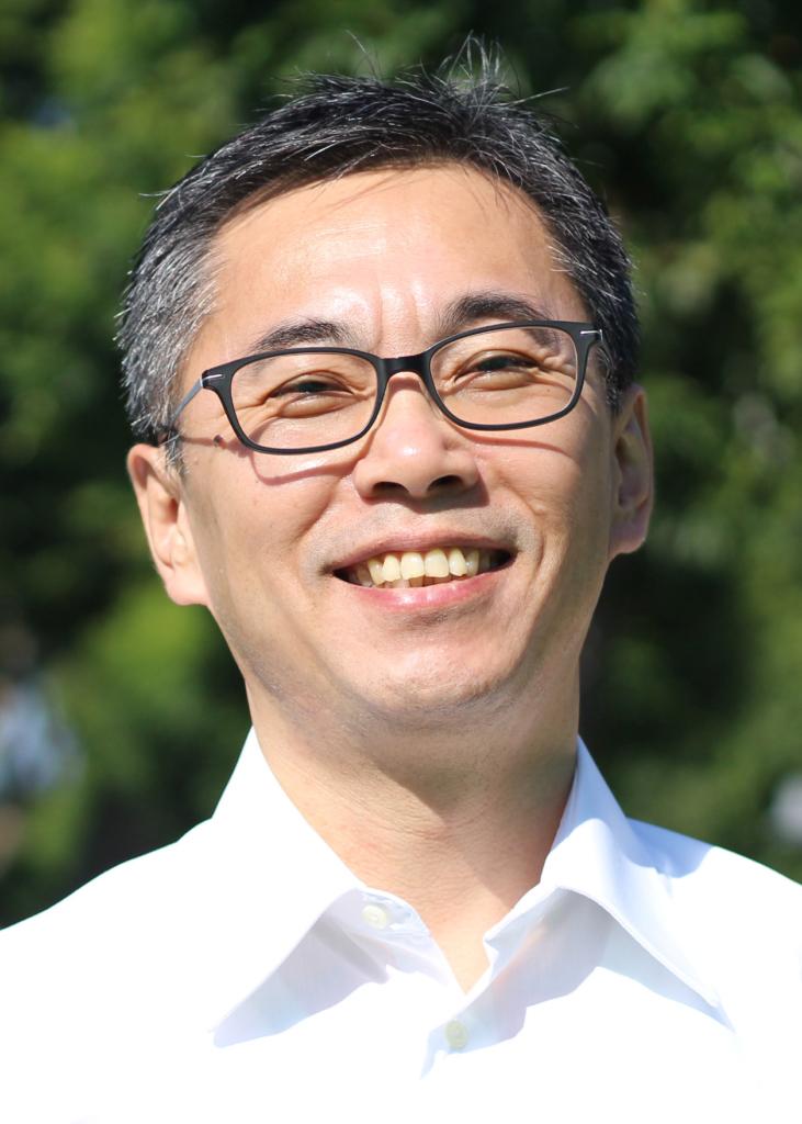 代表 東川 仁